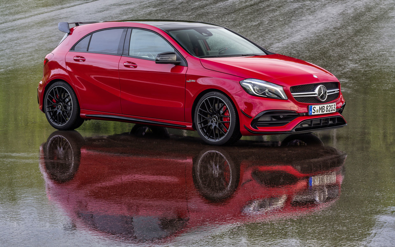 Mercedes A45 AMG Facelift