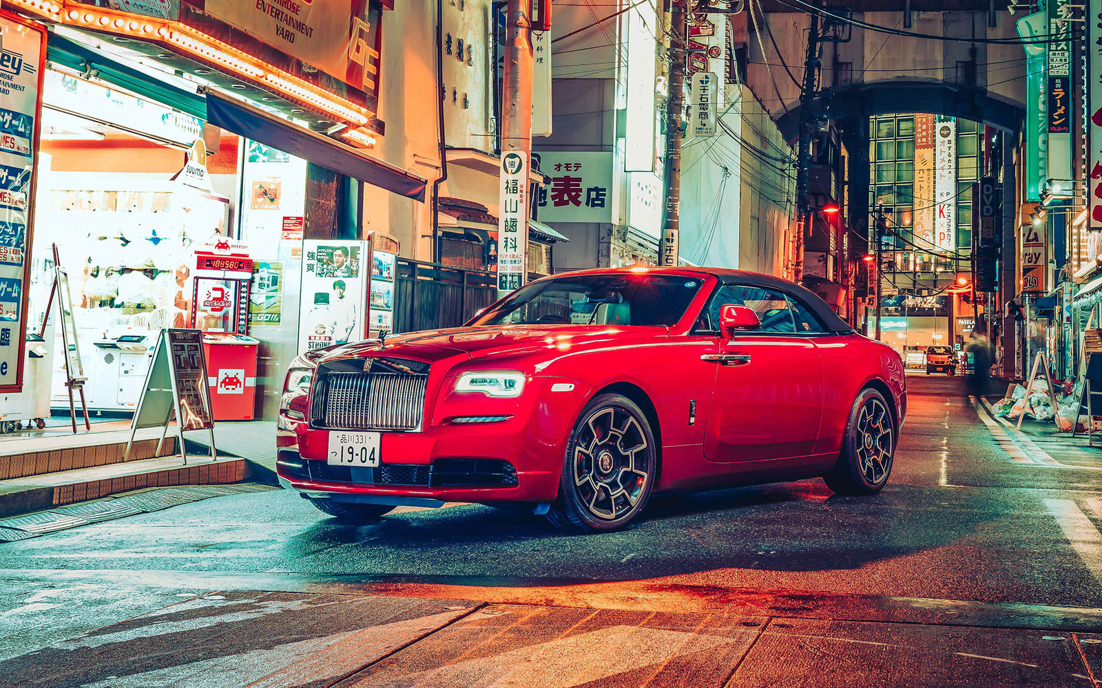 Rolls Royce Black Badge Tokio