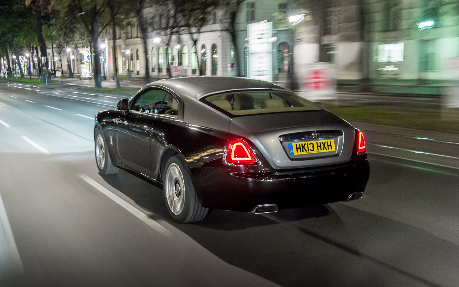 Rolls Royce Wraith in Action