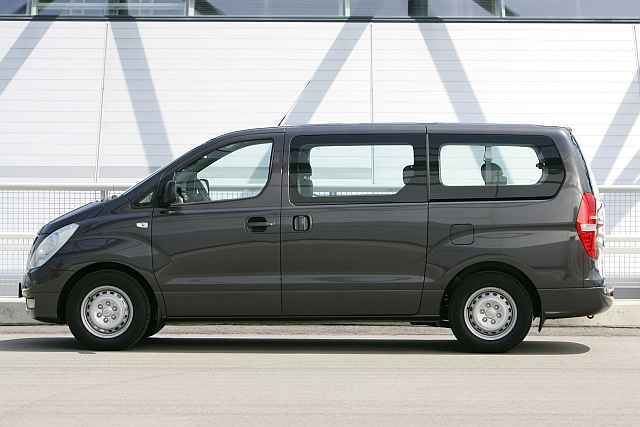 hyundai h 1 business van 2 5 crdi im test auto. Black Bedroom Furniture Sets. Home Design Ideas