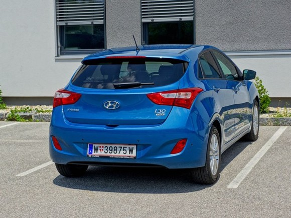 Hyundai i30 europe plus upgrade 1 6 crdi testbericht 042