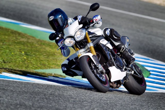 Triumph Speed Triple R18