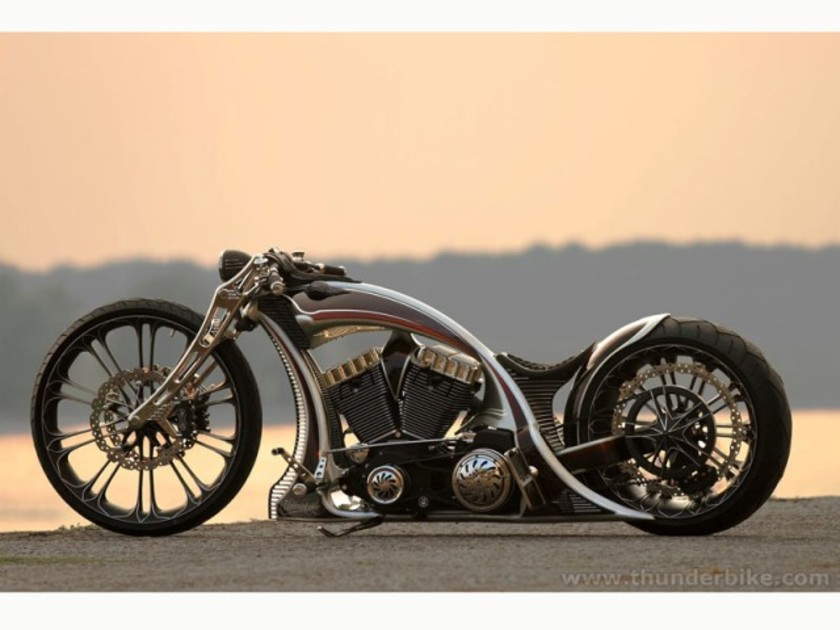 Thunderbike customs raeumt pokale ab 001