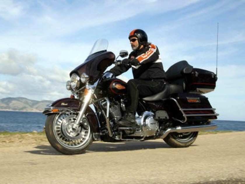 Harley Electra Glide Classic & Softail Deluxe - im Test