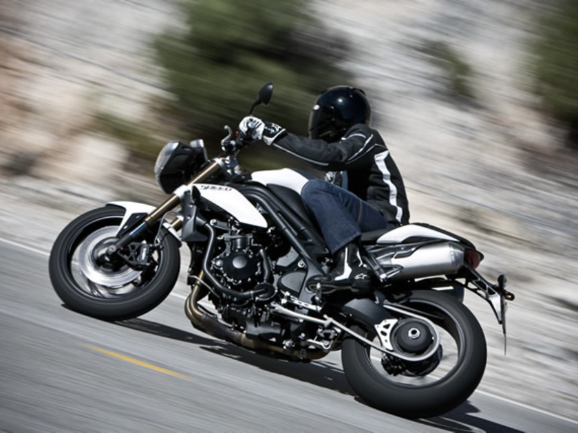 Triumph speed triple 1050 1