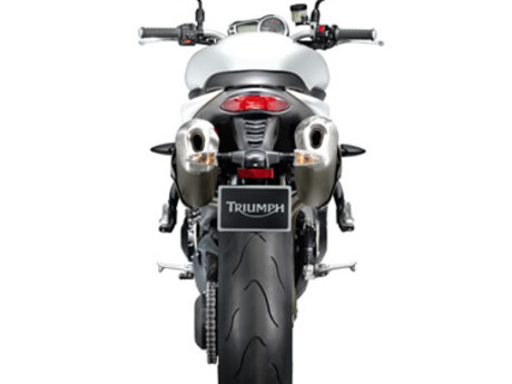 Triumph speed triple 1050 10