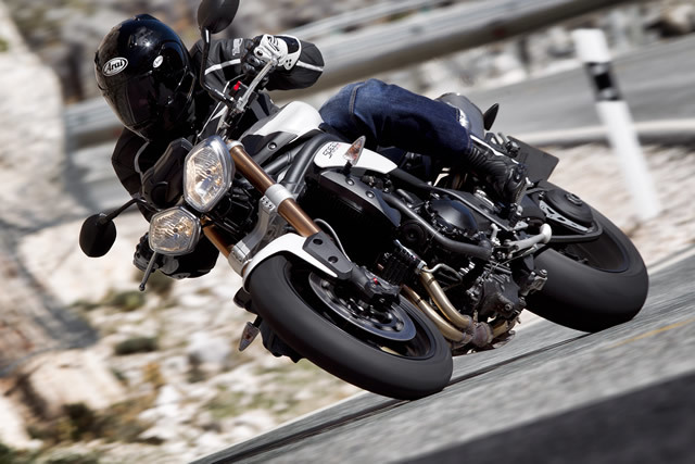 Triumph speed triple 1050 3