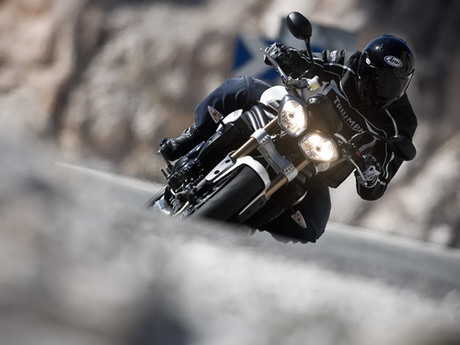 Triumph speed triple 1050 4