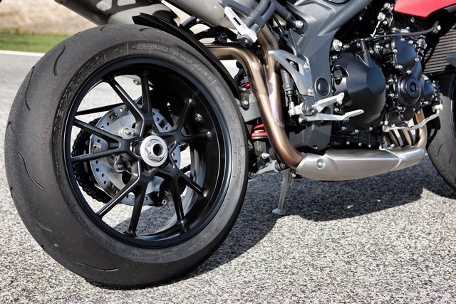 Triumph speed triple 1050 6