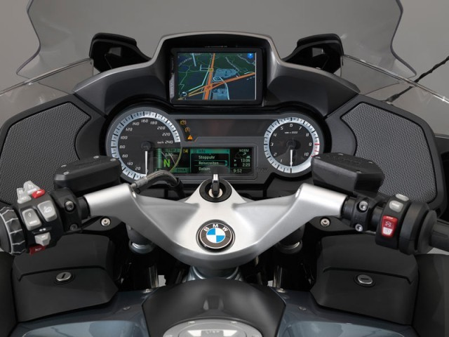 neue bmw r 1200 rt vorgestellt auto. Black Bedroom Furniture Sets. Home Design Ideas