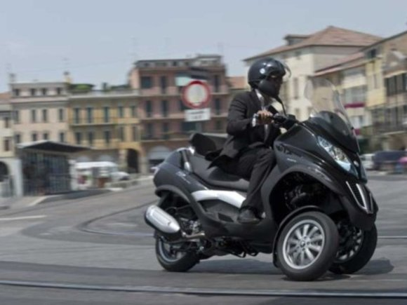 Piaggio MP3 500: Hubraum-Plus für den MP3