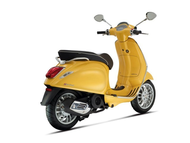 Neu vespa sprint retro look 002