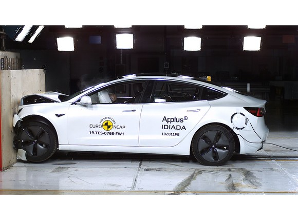 Oeamtc crashtest sechs autos safety pack bringt sicherheits plus 002